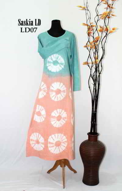 Model Baju Batik Muslim Wanita Modern